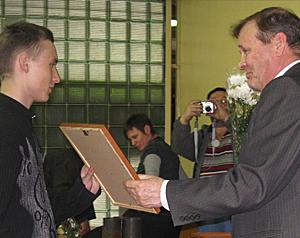 Вручение сертификата электросварщику Свергуну А.А.