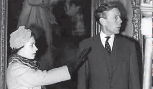 Энтони Блант и королева Великобритании Елизавета II